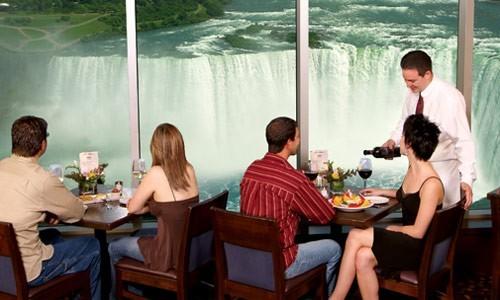 Sheraton on The Falls Rooms by Sheraton Niagara Falls